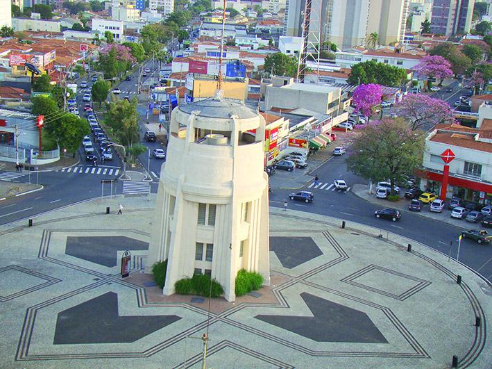 """O 2º Batalhão Logístico Leve """"Batalhão Cidade Campinas""""comemora 44 anos"""