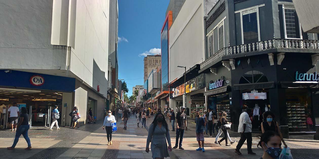 São Paulo proíbe circulação das 23h às 5h a partir desta sexta-feira, 26