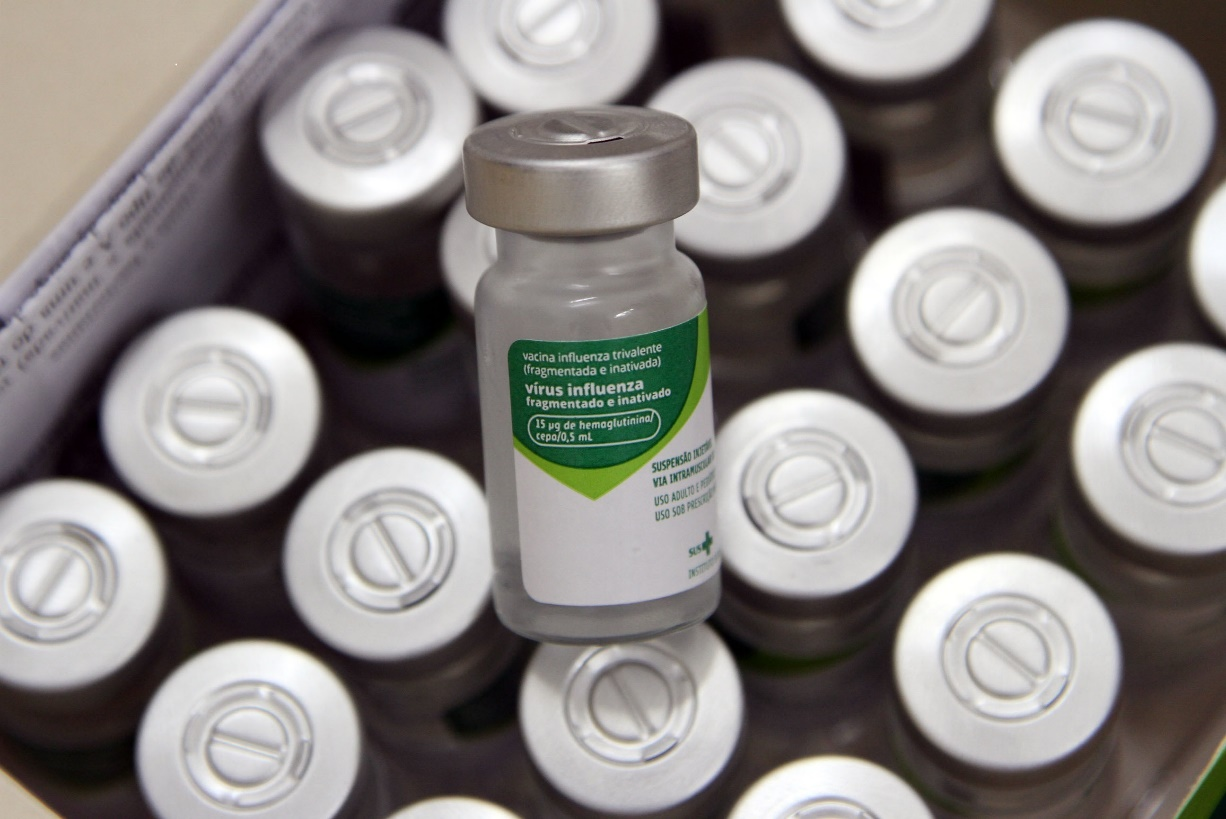 Parceria da Prefeitura agiliza vacinação contra a gripe em profissionais da saúde em Campinas