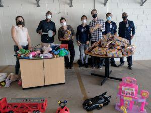 Gincana solidária arrecada brinquedos para o Dia das Crianças